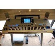 Купить новый Кронос музыкальная,  Ямаха Tyros 4 & Roland Fantom-G8,  про