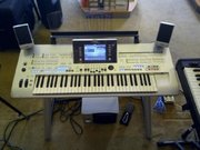 Новый Ямаха Tyros 4 Korg Pa3X клавиатуры,  2 X Pioneer cdj смеситель