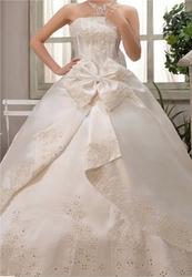 Новое свадебное платье молочного цвета 50-52размер