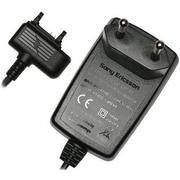 Оригинальное зарядное устройство Sony Ericsson Cst-60